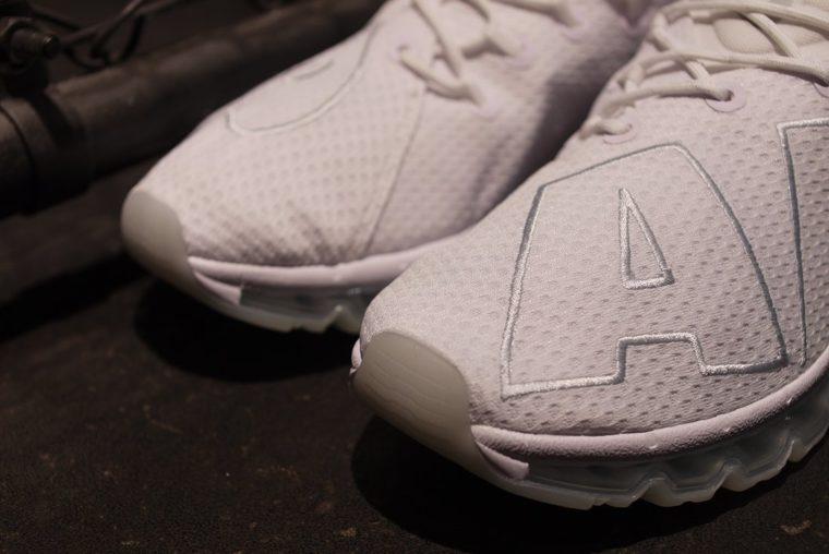 wholesale dealer 1ac84 150d8 ... 3 nouveaux coloris de la Nike Air Max Flair ...