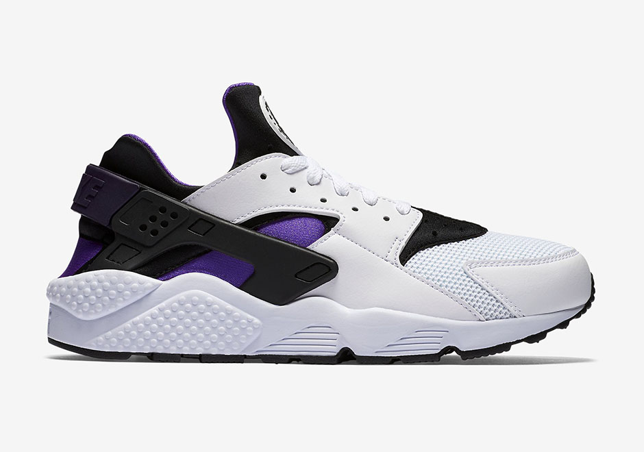318429-105-Nike-Air-Huarache-Purple-Punch-Retro-2016-02