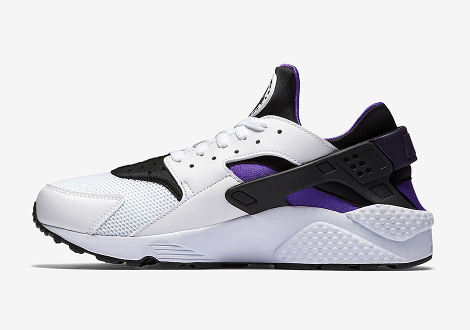 318429-105-Nike-Air-Huarache-Purple-Punch-Retro-2016-03