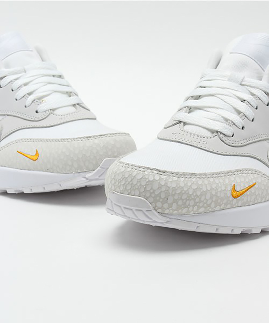 512033-110-nike-air-max-1-LTR-Premium-kumquat-08