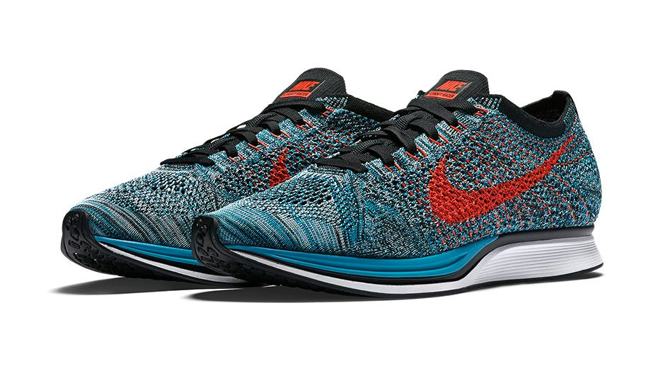 526628-404-Nike-Flyknit-Racer-Fire-And-Ice-01