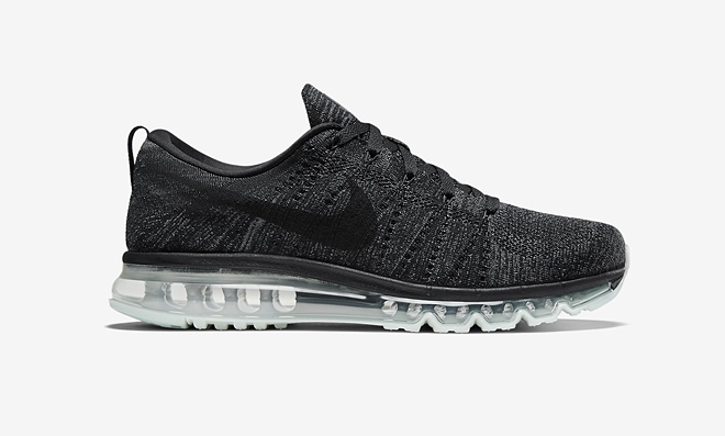 Nike Flyknit Air Max Oreo Colorway