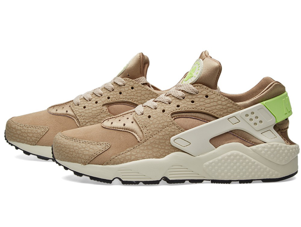 704830-203-Nike-Air-Huarache-PRM-String-Desert-Camo-Ghost-Green-01