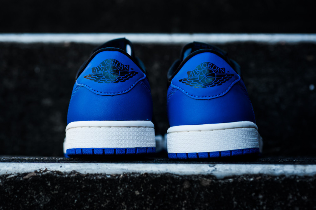 Air Jordan 1 Retro Low OG - Black/Varsity Royal-Sail