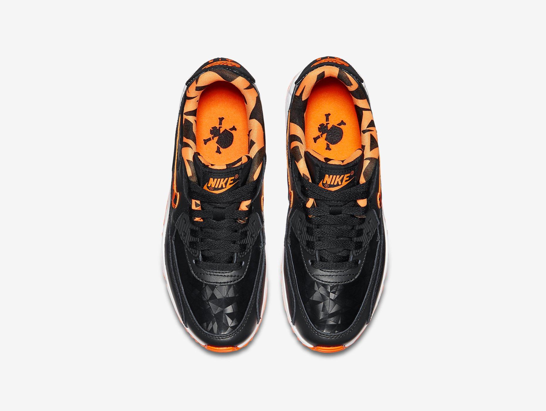 Nike Air Max 90 FB
