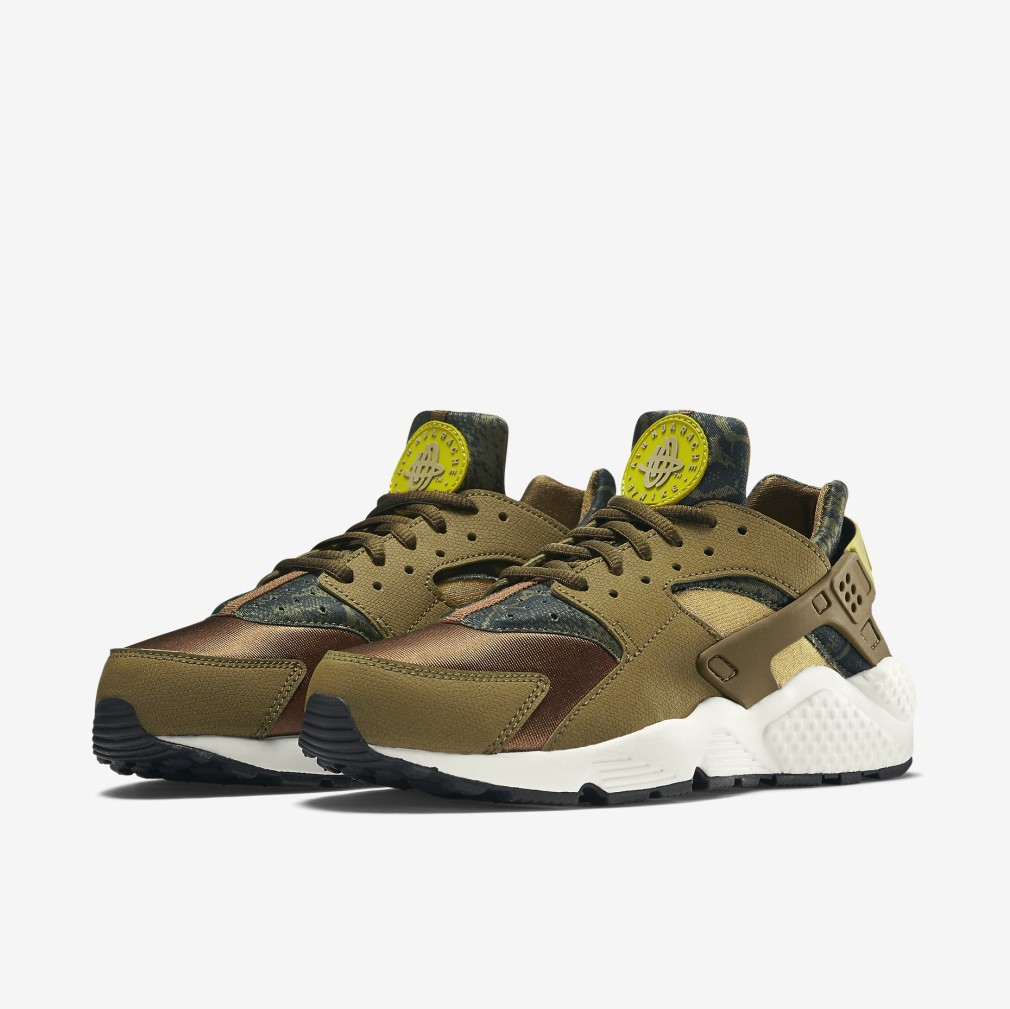 Nike-Air-Huarache-Run-Print-Militia-Green-5