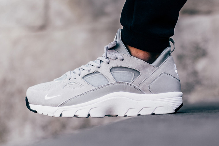 "Nike Air Trainer Huarache Low ""Wolf Grey"" - Disponible"