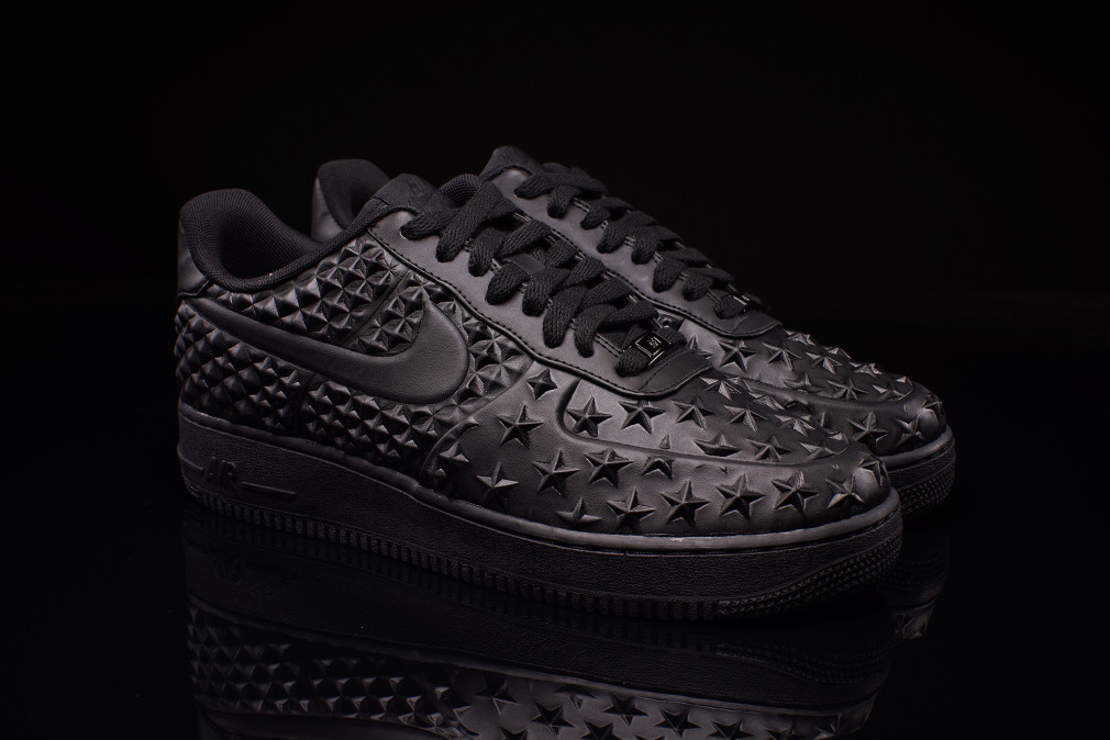 Nike Air Force 1 LV8 VT