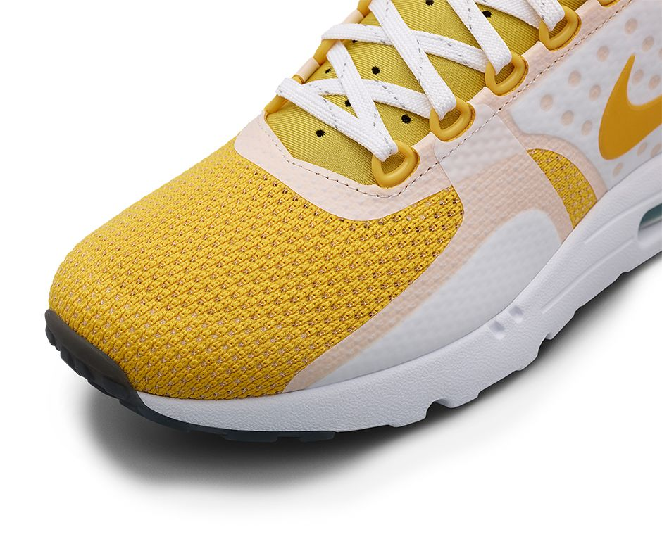 789695-100-Nike-Air-Max-Zero-Sulfur-Yellow-03