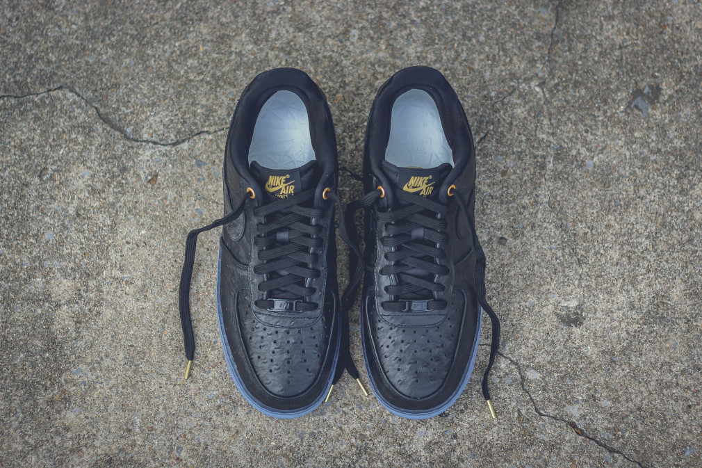 805300-001-nike-air-force-1-low-cmft-lux-black-ostrich-3