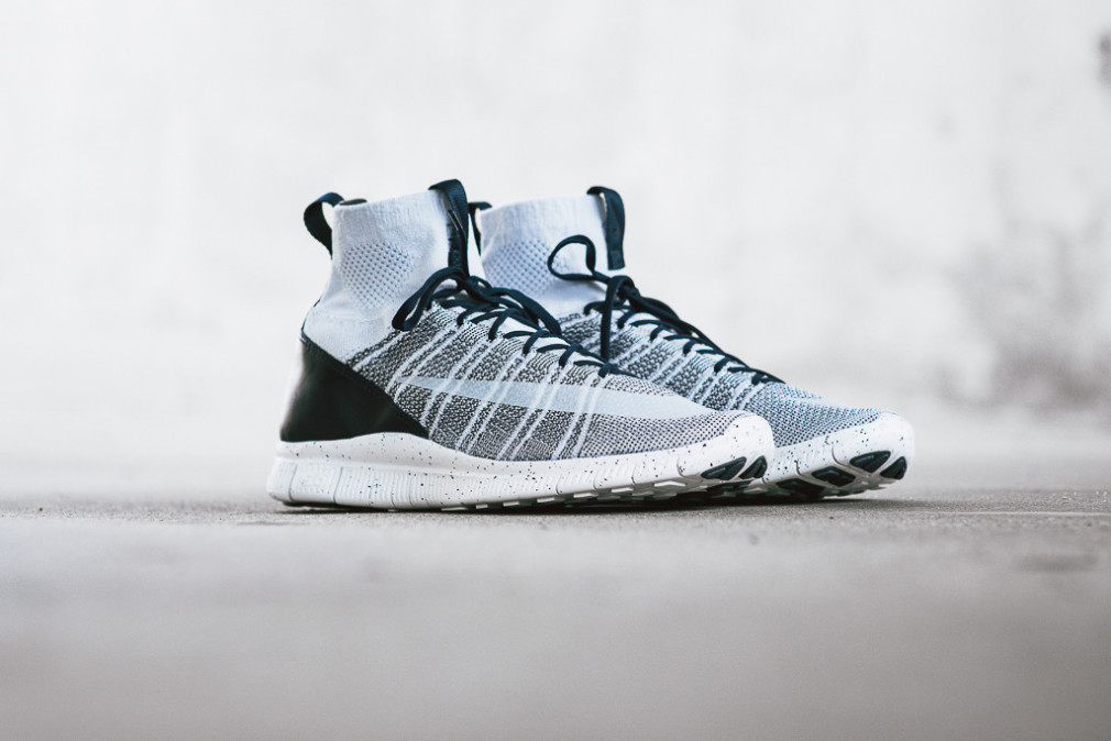 805554-001-nike-free-flyknit-mercurial-superfly-pure-platinum-8