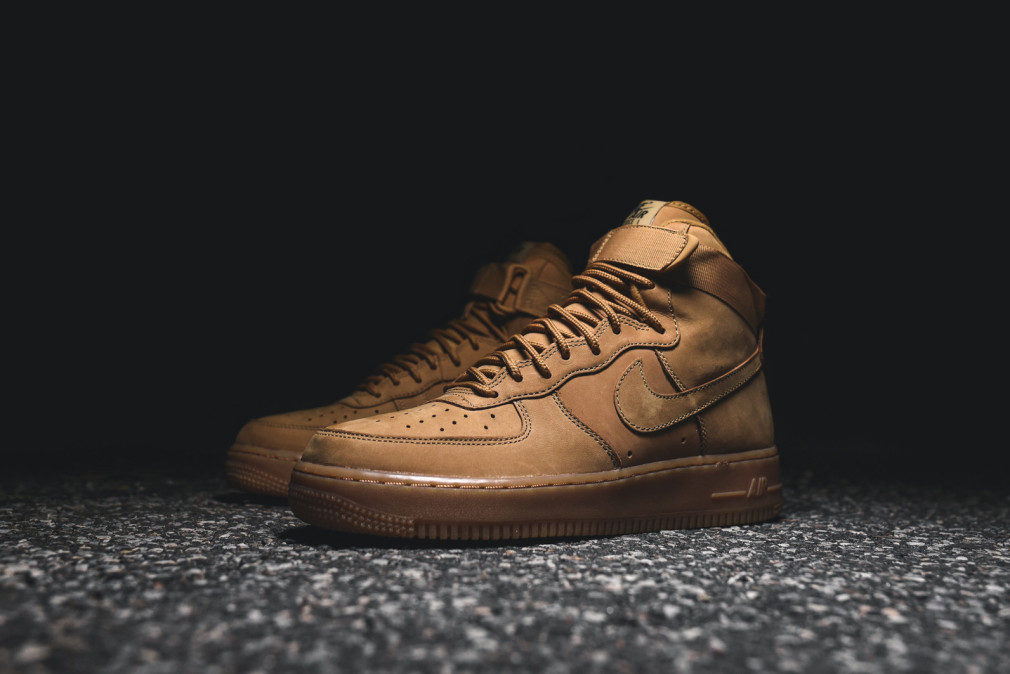 Nike Air Force 1 Hi '07 LV8 - Flax