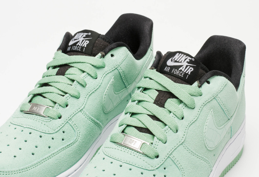 "low priced f4a93 6b79a Nike Air Force 1 WMNS ""Enamel Greenâ€"