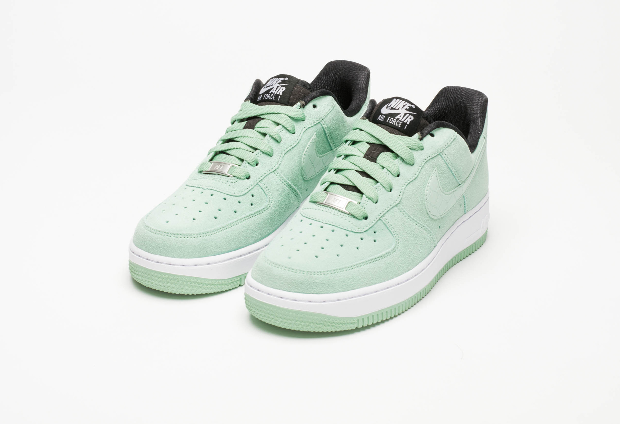nike air force 1 wmns enamel green sneakers addict. Black Bedroom Furniture Sets. Home Design Ideas