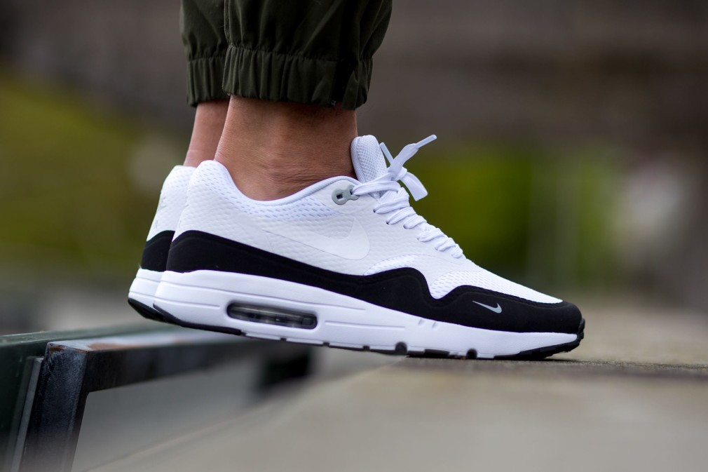 Nike Air Max 1 Ultra Premium Jacquard Women's Shoe. Nike