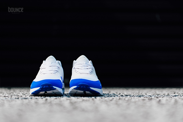 Nike-Air-Max-1-Ultra-Essential-Mini-Swoosh-Racer-Blue-08