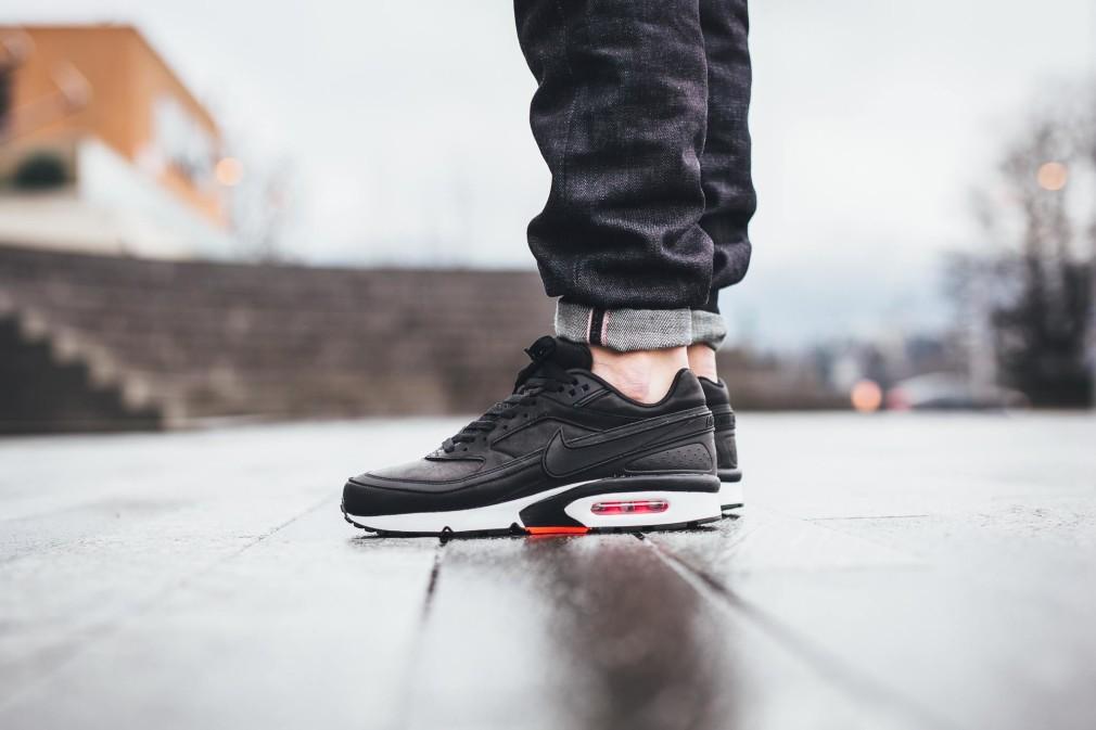 819523-006-Nike-Air-Max-BW-Premium-Black-Crimson-03