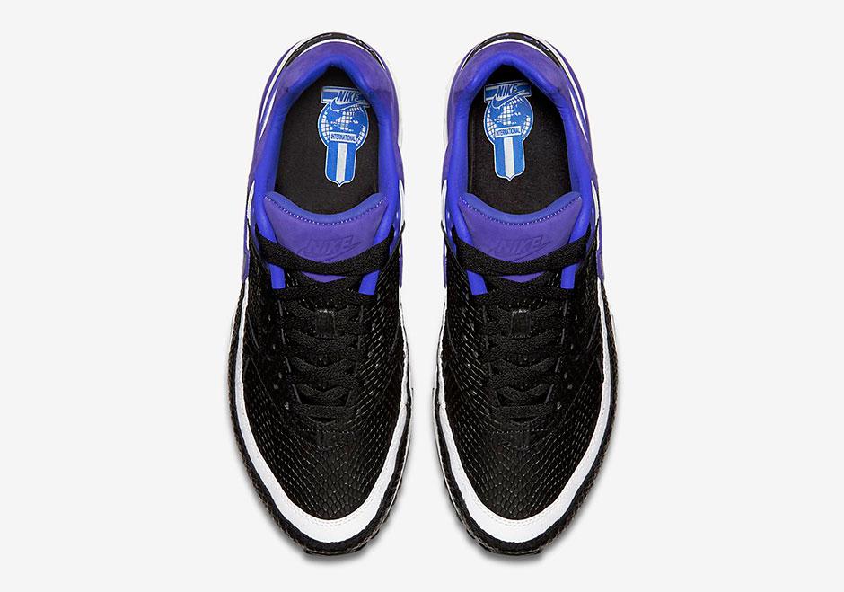 819523-051-Nike-Air-Classic-BW-Persian-Violet-Snakeskin-06