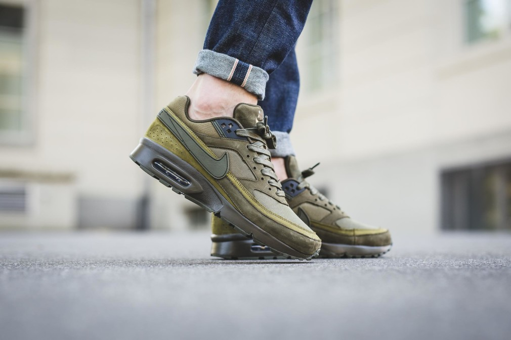 819523-300-Nike-Air-Max-BW-PRM-Dark-Loden-07