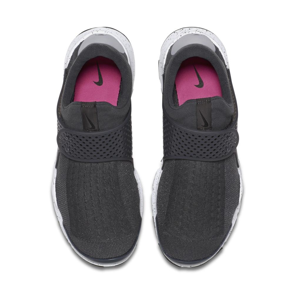 819686-003-Nike-Sock-Dart-Premium-01