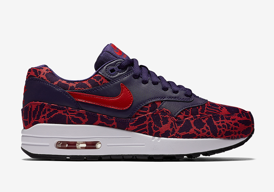 819808-400-Nike-Wmns-Air-Max-1-JCRD-02