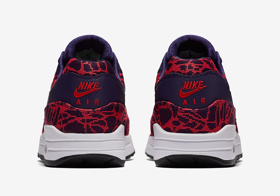 819808-400-Nike-Wmns-Air-Max-1-JCRD-05