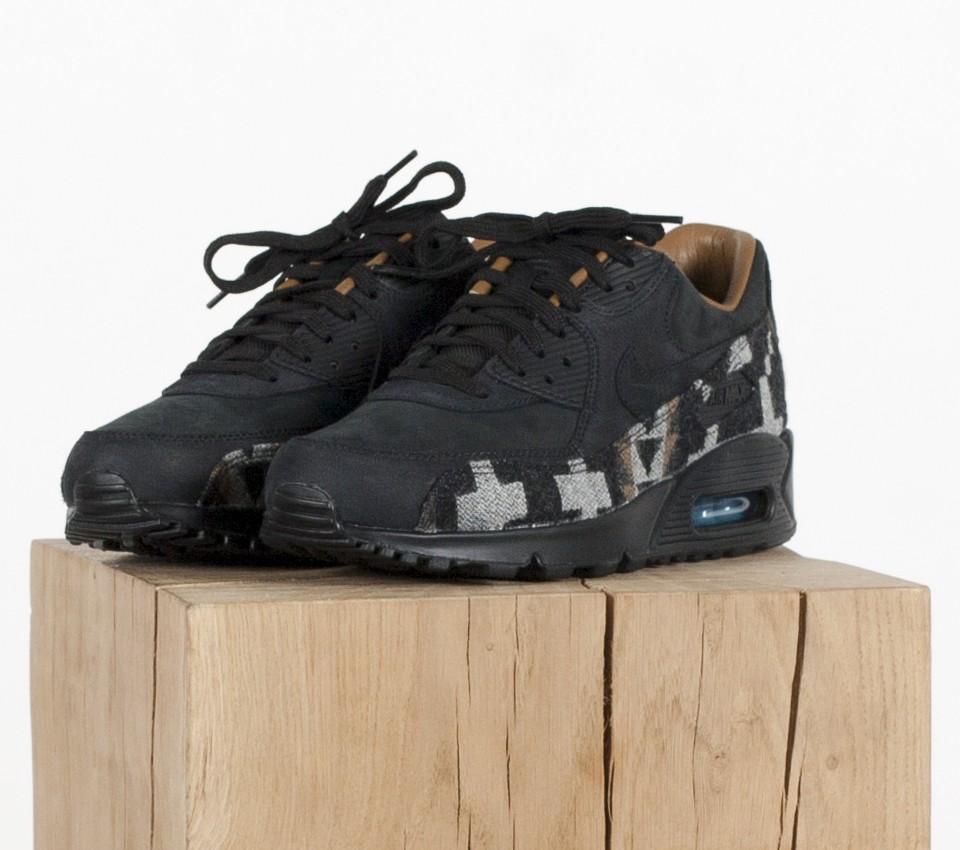 825512-004-Nike-air-max-90-pnd-qs-01
