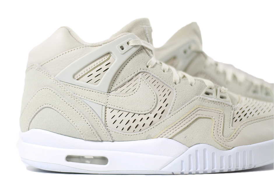 832647-200-Nike-Air-Tech-Challenge-II-Laser-Birch-04