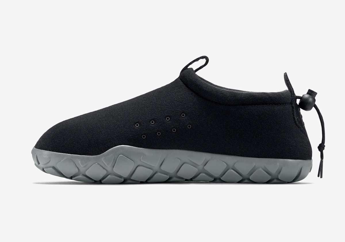 834591-010-nike-air-moc-tech-fleece-05