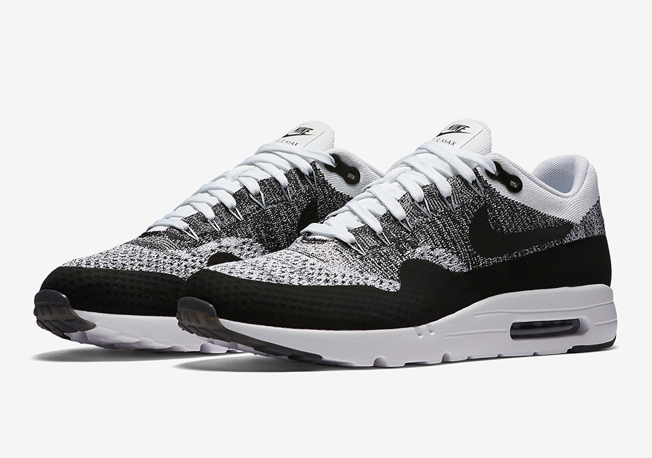 843384-100-nike-air-max-1-ultra-flyknit-Black-White-01