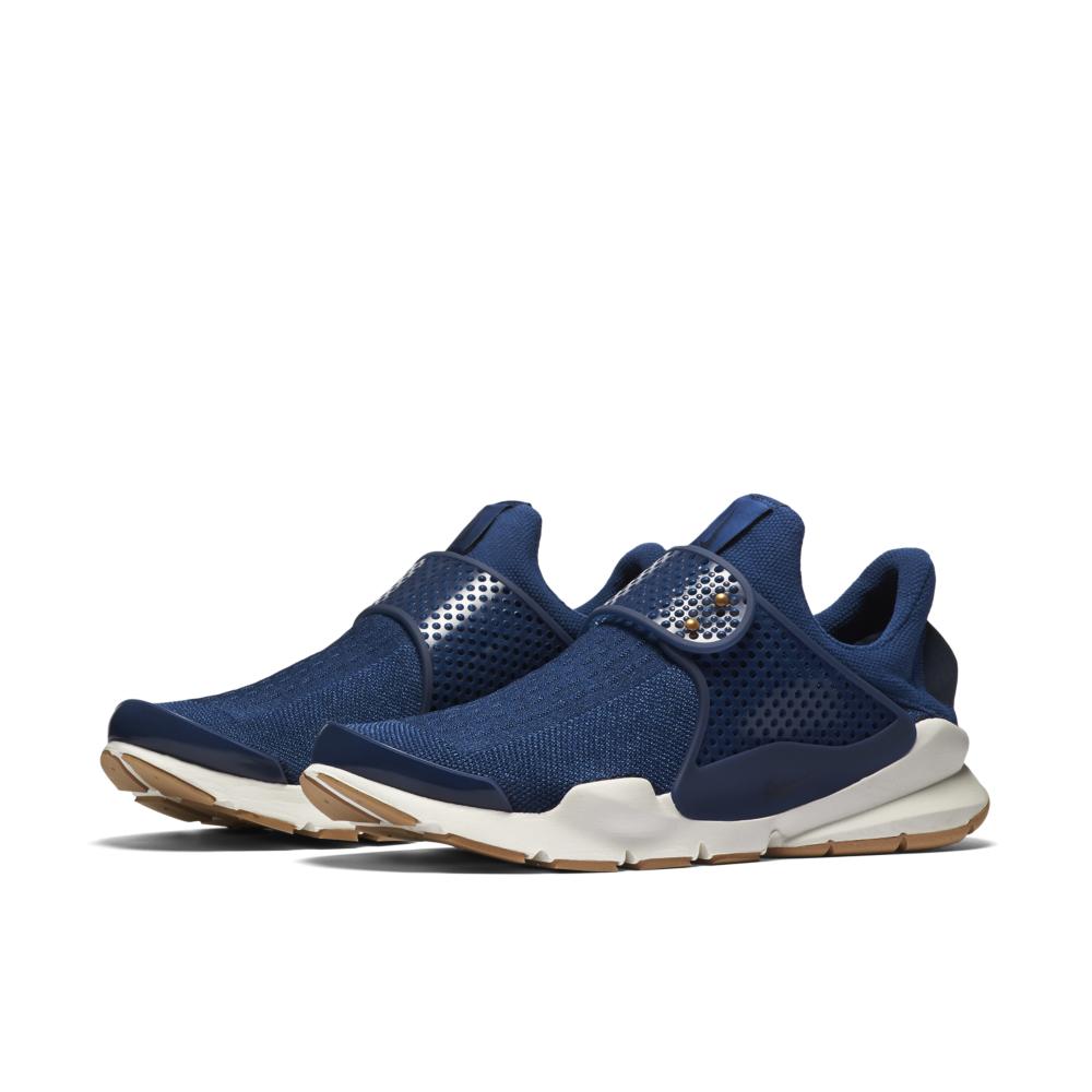 848475-400-Nike-Sock-Dart-Premium-01