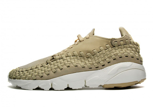 874892-200-Nike-Air-Footscape-Woven-linen-01