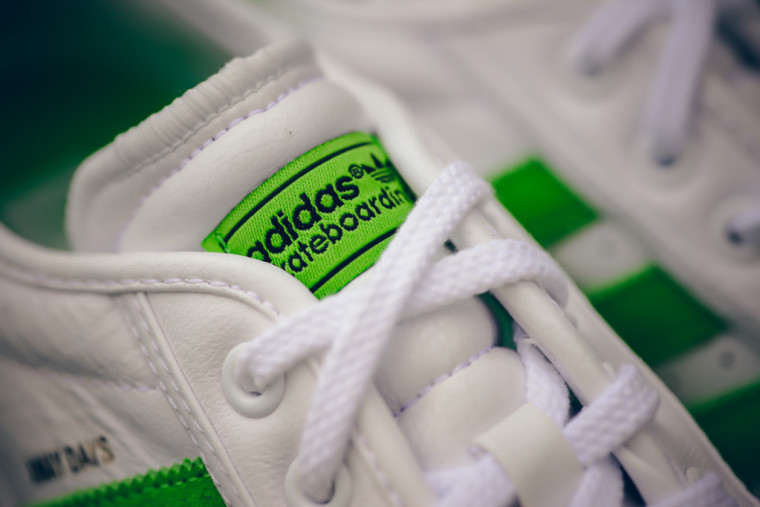 ADIDAS_ADI_EASE_AWAY_DAY6