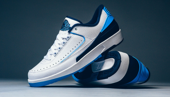 Air Jordan 2 Retro Low UNC