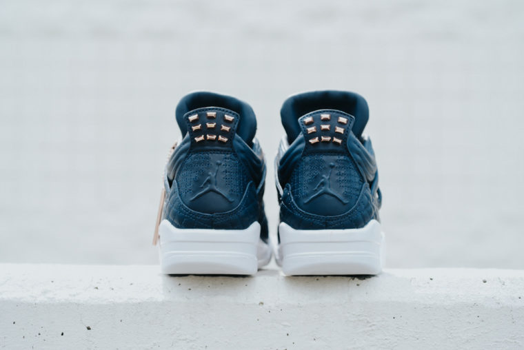 Air Jordan 4 Retro Premium Pinnacle Obsidian