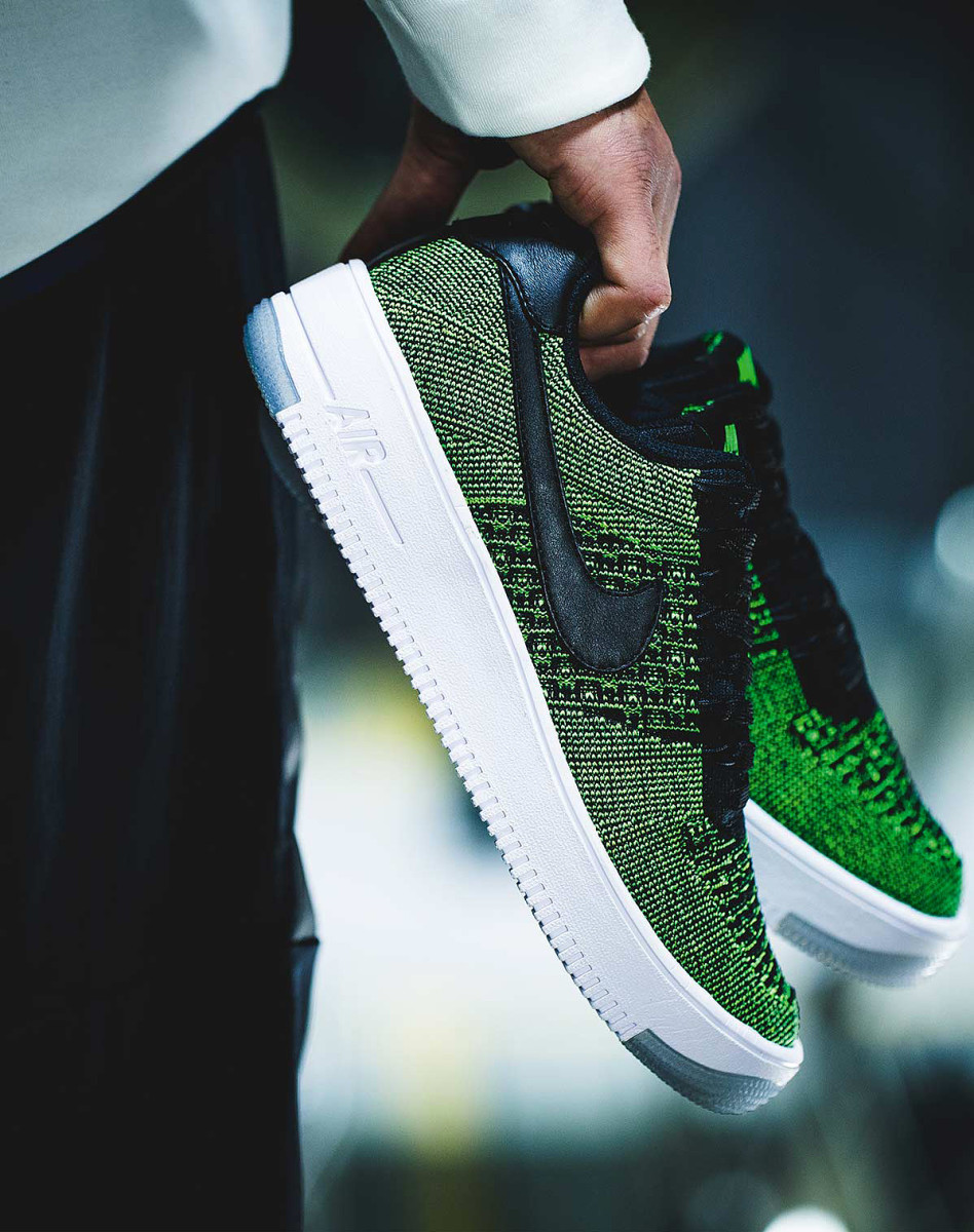 Air-Force-1-Flyknit-04