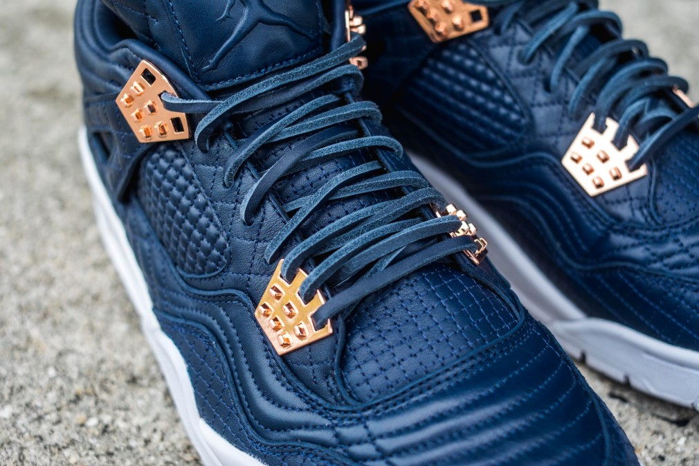 Air Jordan 4 Retro Premium Pinnacle - Obsidian 1