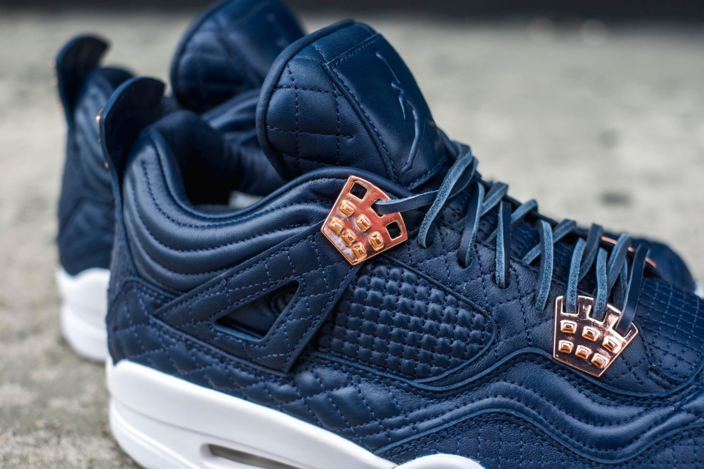 Air Jordan 4 Retro Premium Pinnacle - Obsidian 3