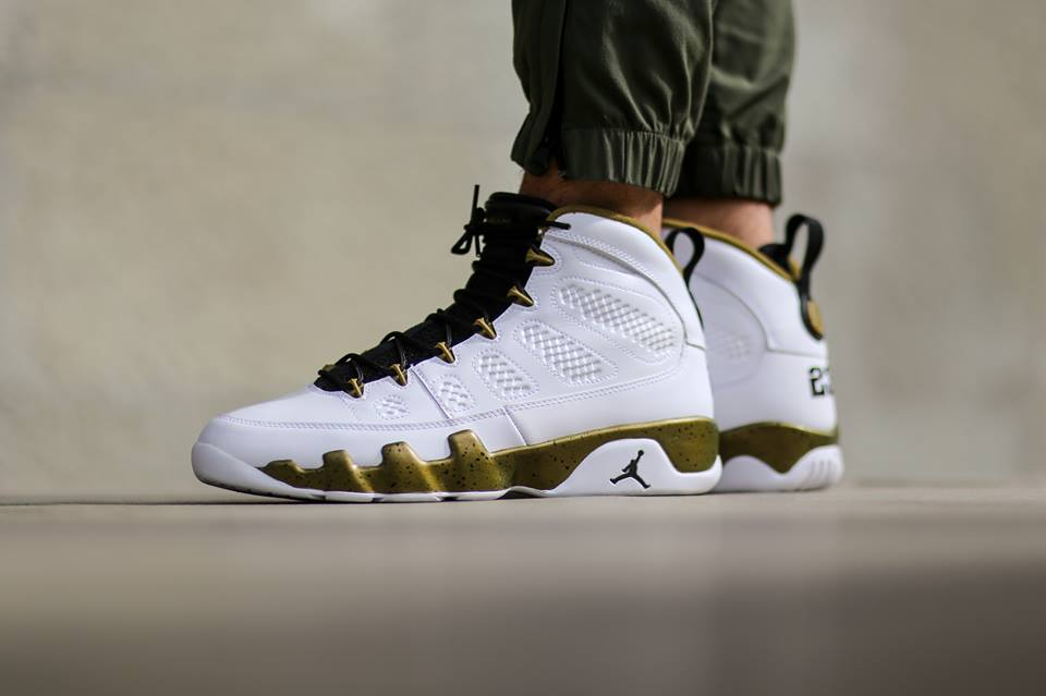 uk availability 2a4d4 02adc Air Jordan 9 Retro Copper Statue Available Again