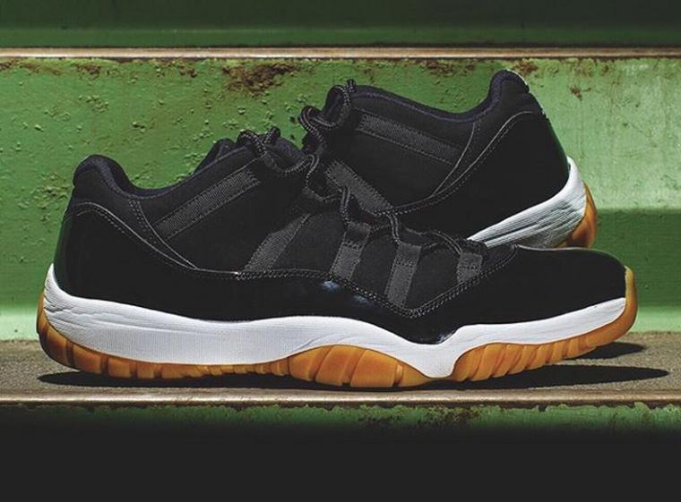 Air Jordan XI Black:Gum