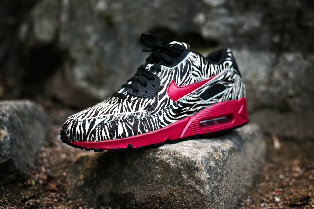 Air-Max-90-iD-Pony-Zebra