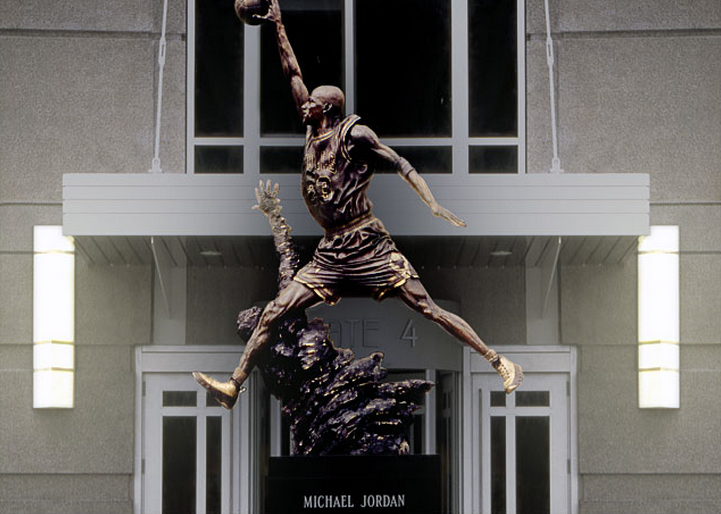 Air michael-jordan-air-jordan-9-statue
