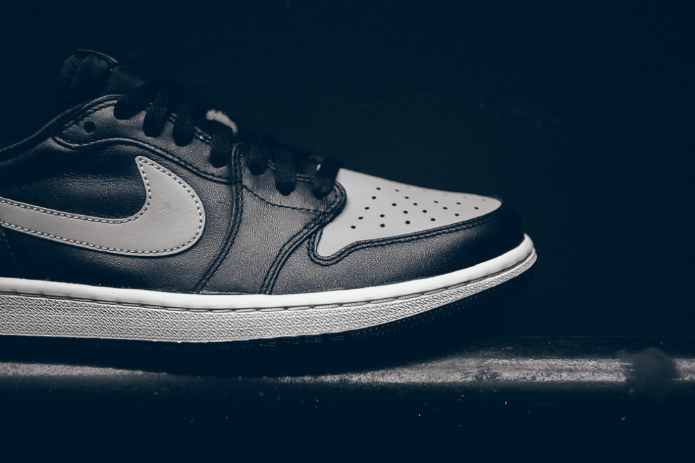 AIR JORDAN 1 RETRO LOW OG SHADOW