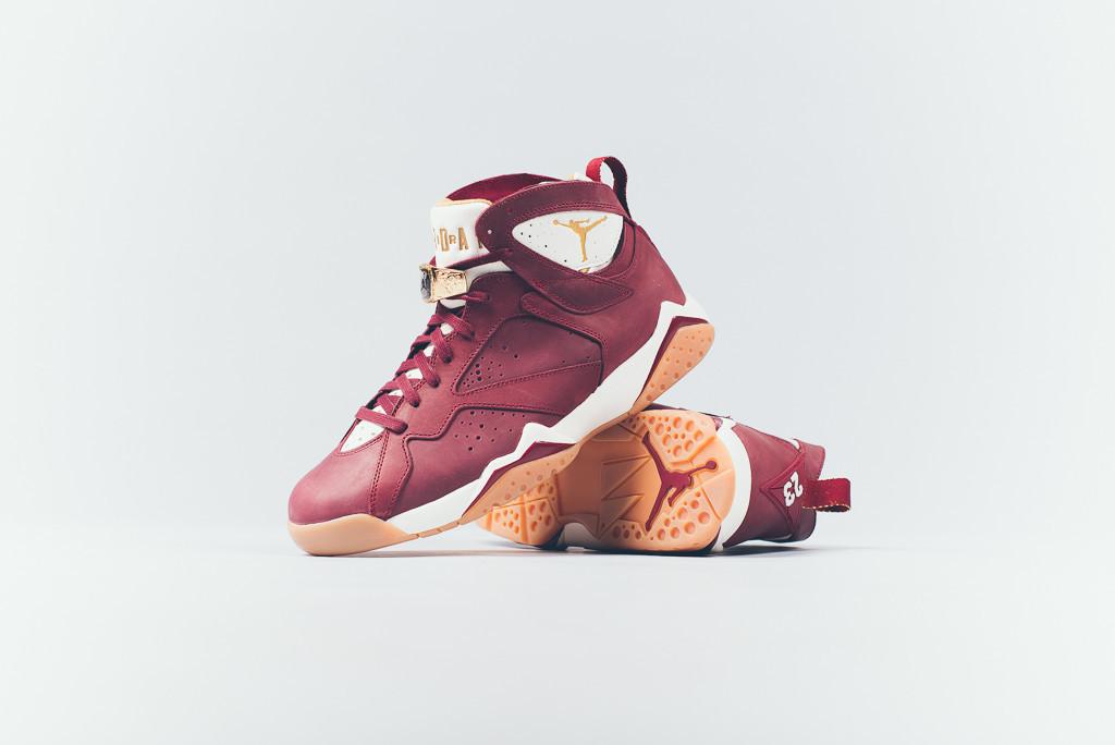 Air_Jordan_7_Championship_Pack_Sneaker_Politics_Hypebeast_9-2_672ebb0c-32aa-4b9e-9149-8402f62cd194_1024x1024