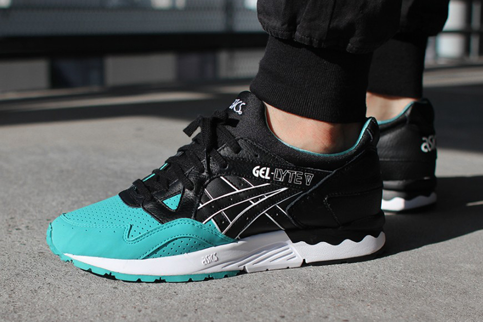 Asics-Gel-Lyte-V-Tiffany-Colored-Toe-Pack-1