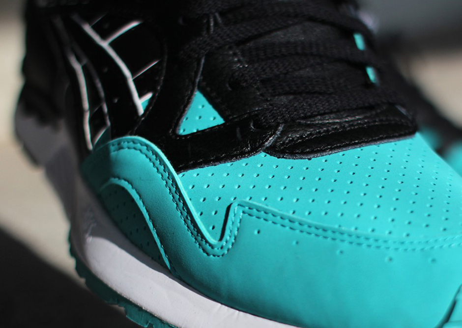 Asics-Gel-Lyte-V-Tiffany-Colored-Toe-Pack-3