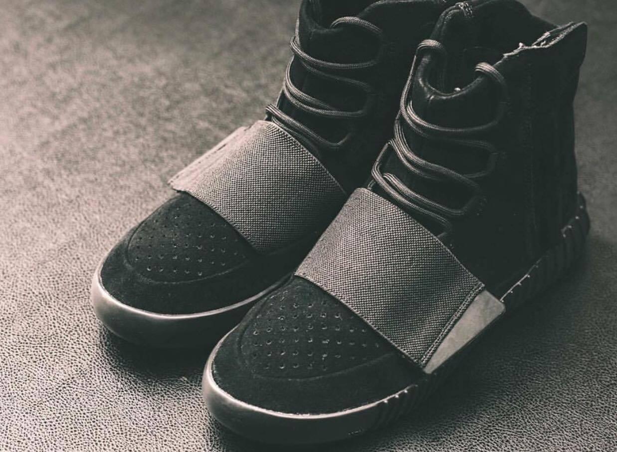 58f15563c55e3 adidas Yeezy 750 Boost Black Euro Release