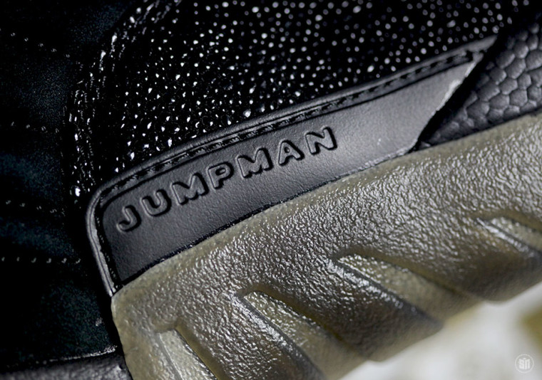 Drake x Air Jordan 12 'OVO' Black black:blk-mtlc gold 456963 090