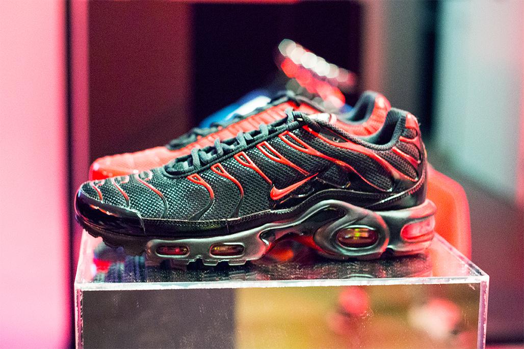 newest 57a2c 3b184 Nike Air Max Tn Trainers Footlocker - Praesta