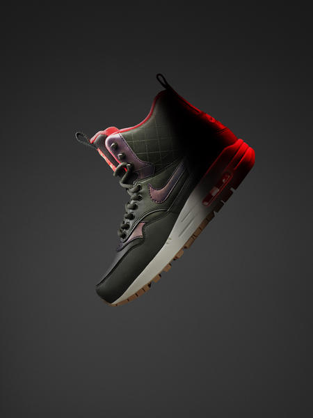 HO15_NSW_SNEAKERBOOT_AIRMAX1_W_PROFILE_01_native_600